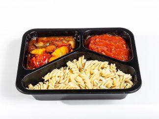 Spirelli mit Sauce Arabiata und Ratatouille Gemüse