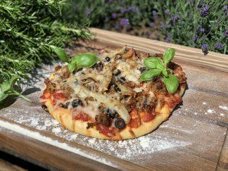Big Pizza mit Salsiccia und Fenchel